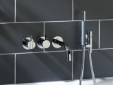 vola_one-handle-non-thermostatic-mixer-with-diverter_fixed-spout-and-handshower__160-mm-fixed-spout_2411c-071
